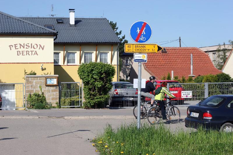 cykloprojížďka 02.05.2008 - Opatov, obrázek se otevře v novém okně